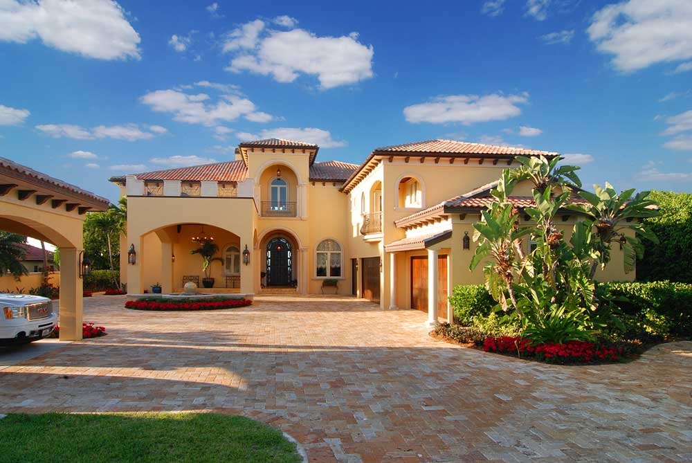 Custom Home Built in Bradenton by GreenLife Luxury Homes